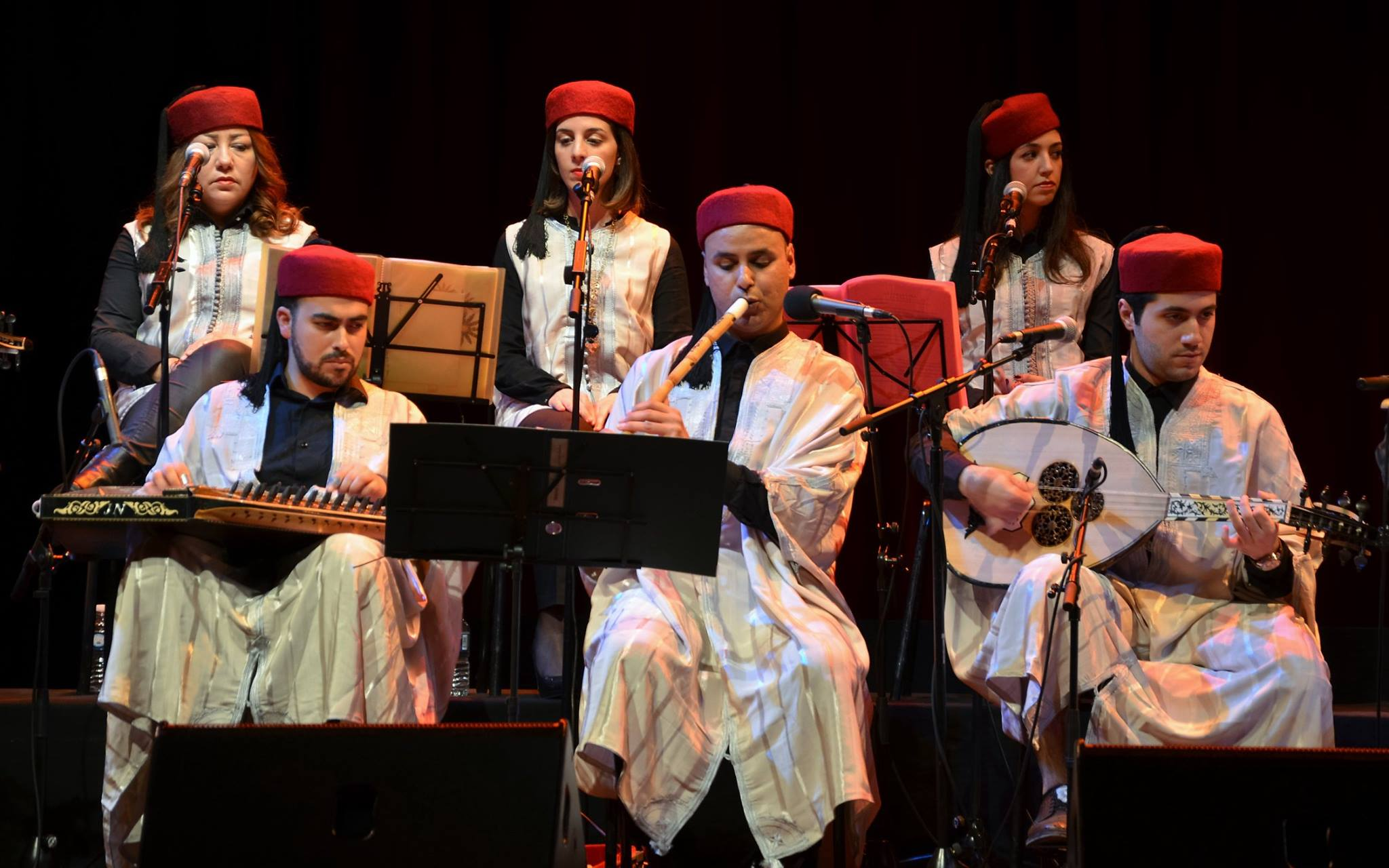 Zied Mehdi performing with Malouf Tunisien